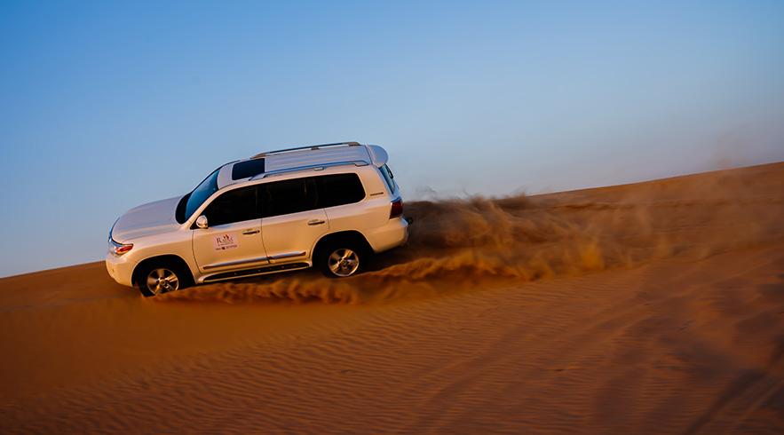 Desert-safar-dune-bashing-3