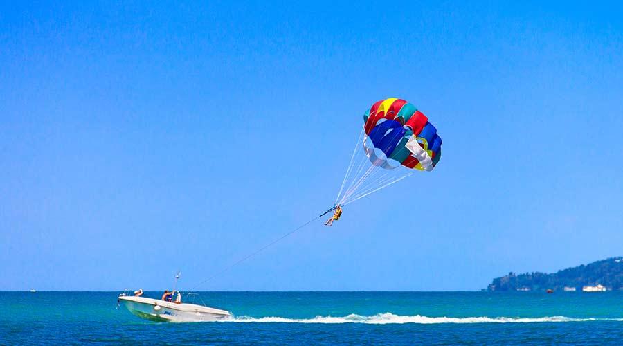 parasailing activity dubai