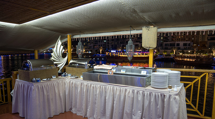 Dhow-cruise-dinner-11