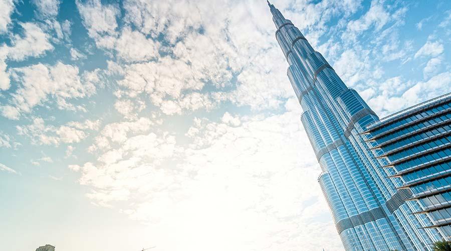 burj khalifa in dubai city